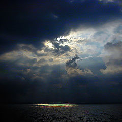 "фото ""Morning Light on the Mediterranean Sea"""