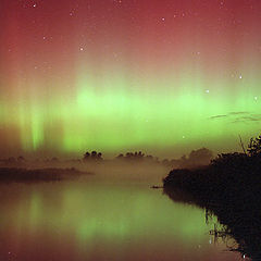 "фото ""Aurora Reflections and Marsh Fog"""