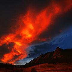 """фото """"Sunrise Over The Flatirons"""""""