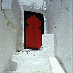 """фото """"The Red Door"""""""