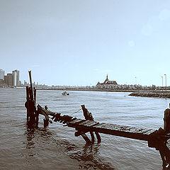 "photo ""Old pier."""