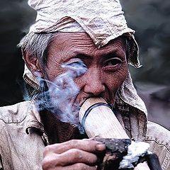 "фото ""Smoke Gets In Your Eye(s)"""