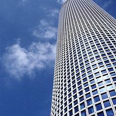 """фото """"Башня из неба и стекла"""""""