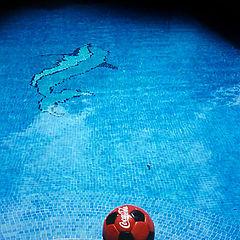 "photo ""blue pool"""