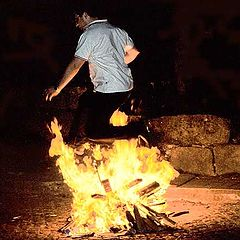 """фото """"Jumping the fire"""""""