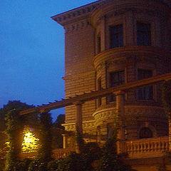"""фото """"House Full of Secrets"""""""