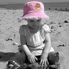"""фото """"Millie at the Seaside"""""""