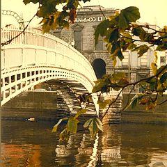 """photo """"halpenny bridge dublin"""""""