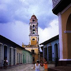 "фото ""Two Girls in Trinidad"""