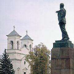 "photo ""Lenin and church."""