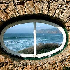 "фото ""Window faced to the Sea"""