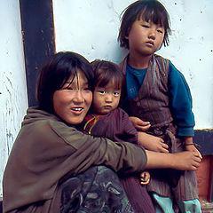 "фото ""Girls from Bhutan"""