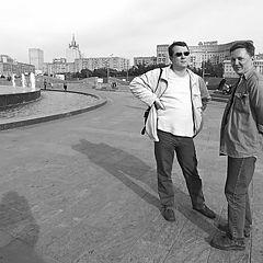 """фото """"2 и 1/2 тени (или гость из Питера в Москве) :)"""""""