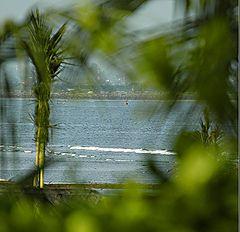 "фото ""Green beach and blue bay"""
