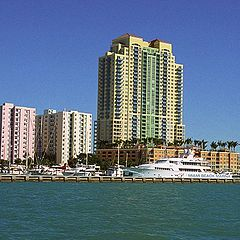 "photo ""Marina Miami"""
