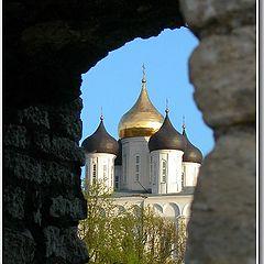 """фото """"Величавый собор за древними стенами"""""""
