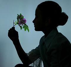 """фото """"Девочка и цветок"""""""
