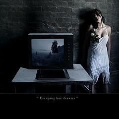 "photo ""escpaing her dreams"""