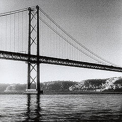 "фото ""25 Abril Bridge"""