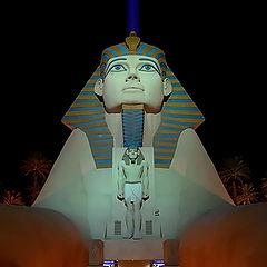 """photo """"Hotel Luxor - Las Vegas"""""""