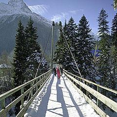 """фото """"Мост и ветkи облаков"""""""