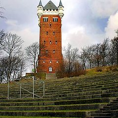 "photo ""The tower and arena theatre"""