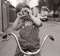 """photo """"Daddy, now I`ll take a photograph of you!..."""""""