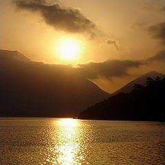 "фото ""sailing into the rising sun"""
