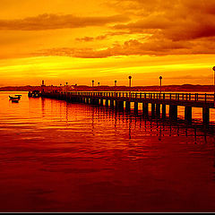 "photo ""Pier in red"""