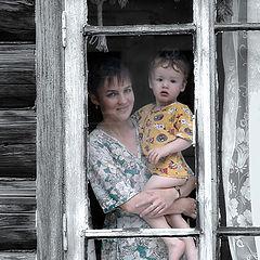 """photo """"Motherhood 2005"""""""