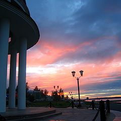 "photo ""Petrozavodsk. Embankment in pink"""