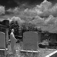 "фото ""Cemetery in Black & White"""