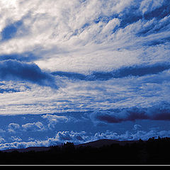 """фото """"Conflict between sky and land"""""""