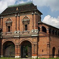 "photo ""Gate of Krutitsy's metochion"""