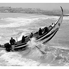 "фото ""Facing the waves"""
