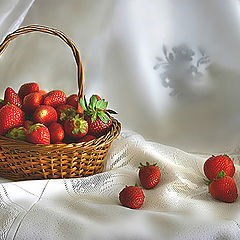 "photo ""Still life with strawberries"""