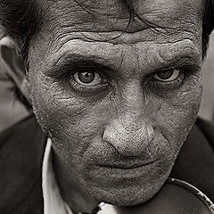 "photo ""gipsy man portrait"""