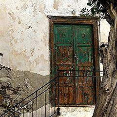 """фото """"Green door"""""""