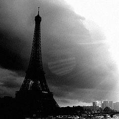 "photo ""paris with black sun"""