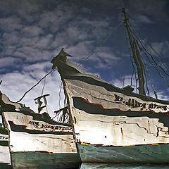 """фото """"Reflex of fishing boats..."""""""