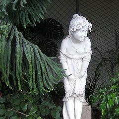 """фото """"Скульптура """"Девочка"""", Воронцовский дворец в Алупке"""""""