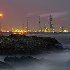"photo ""The Oil facility complex"""