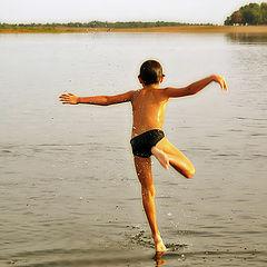 """photo """"Walks on water"""""""