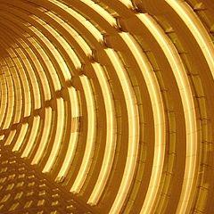 "фото ""Shanghai staircase: Hyatt, not Mingh"""