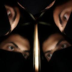 """фото """"и завладеют нами зеркала, и вырвется на волю легион, фальшиво отраженных ими душ..."""""""
