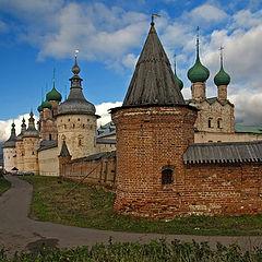 "photo """"Backs"" of the Rostov Kremlin"""