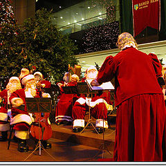"photo ""Sta Claus Orchestra to claim 2007"""