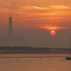"фото ""Dawn breaking ...."""