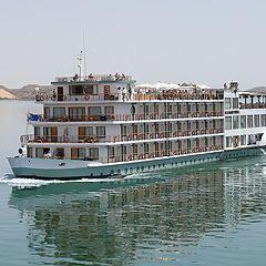 "фото ""Reflections on Lake Nasser"""