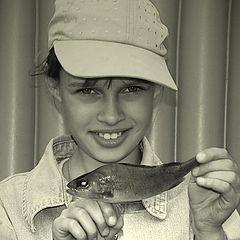 "фото ""Девочка  с  рыбкой."""